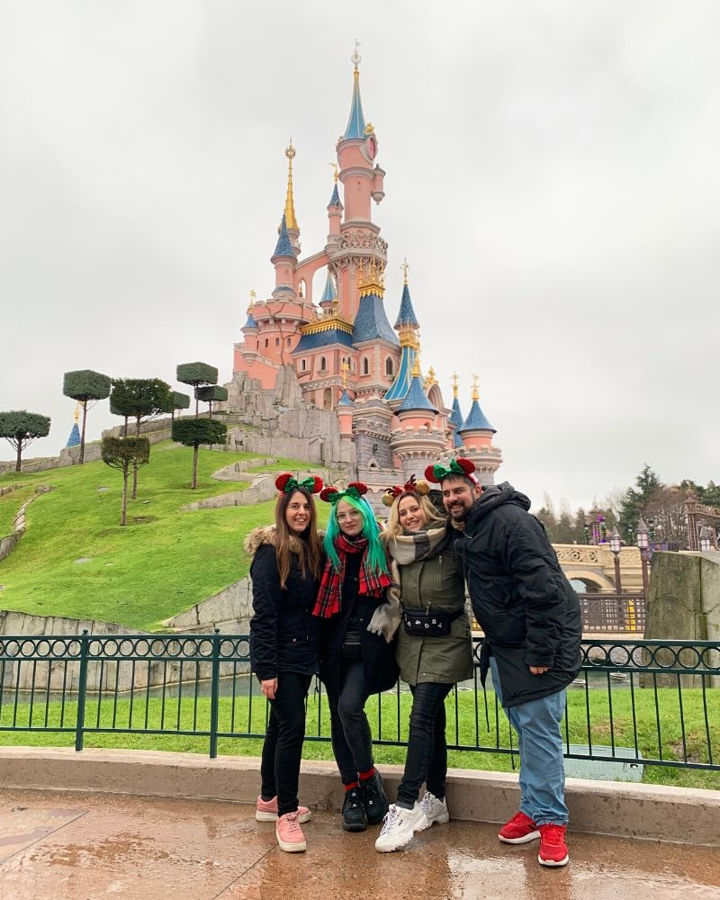 Disney castle friends Disneyland Paris