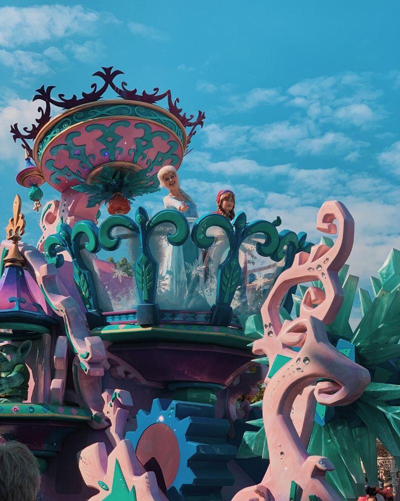Disney Stars on Parade – Disneyland Paris – Frozen