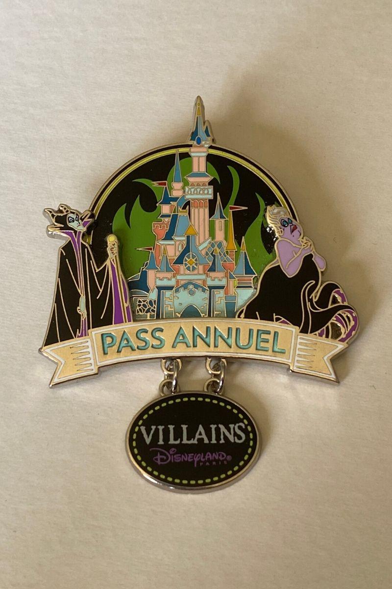 Spilla Limited Edition Disneyland Paris Serata Passaporti annuali