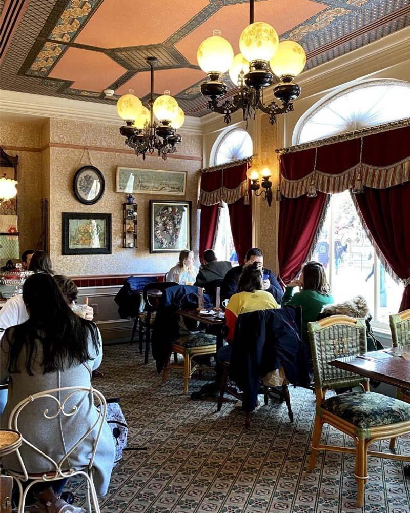 Victoria's Home Style Restaurant