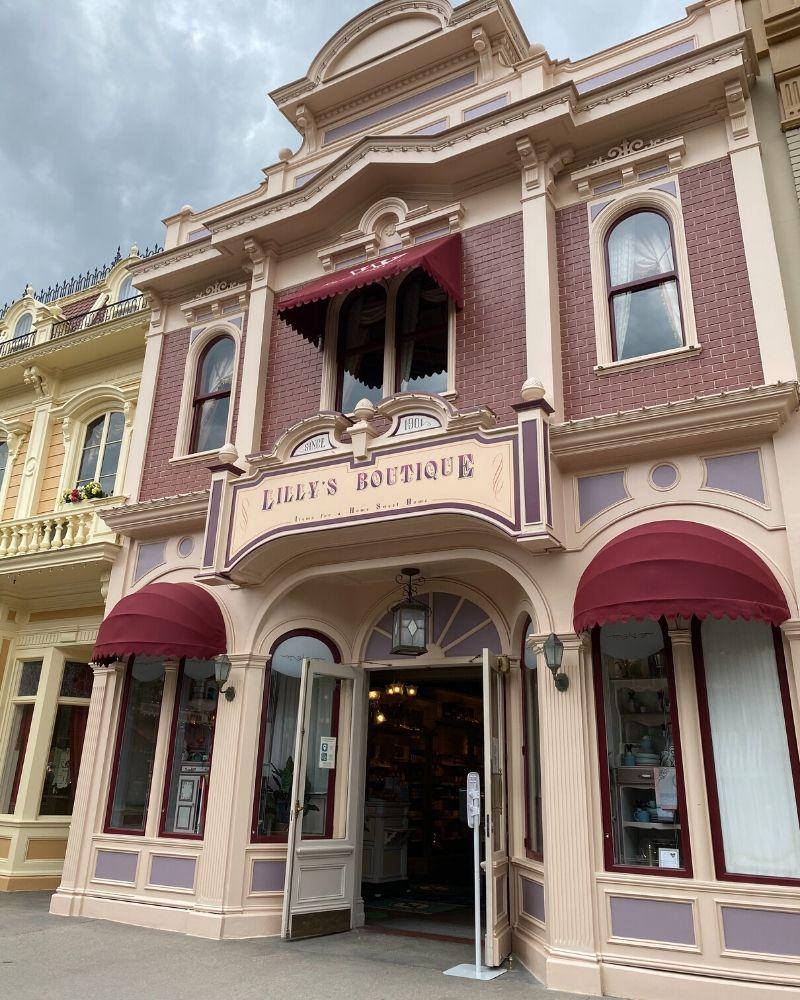 lilly's boutique disneyland paris