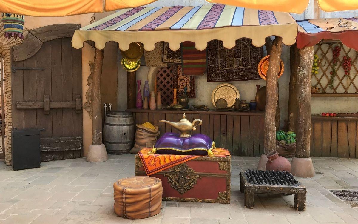 Adventureland incontro personaggi